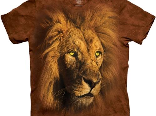 Stolzer König Löwe