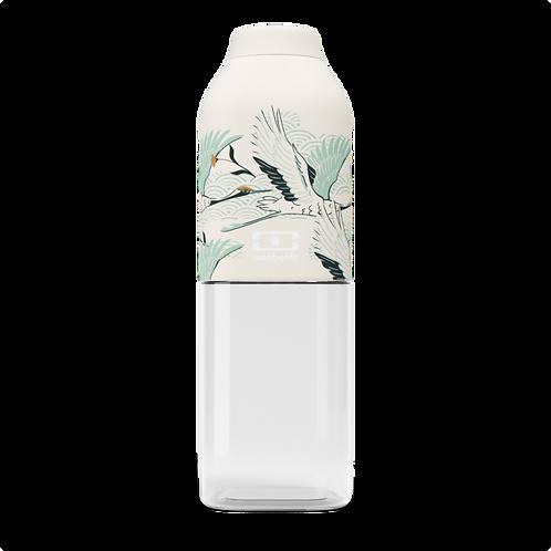 50 ml Trinkflasche aus Tritan, obere Hälfte mit einer beigen Beschichtung mit kleinen Kranich Motiven