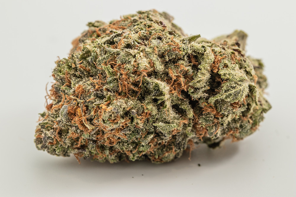 Tres Star strain profile and review by the epic remedy colorado springs best dispensary