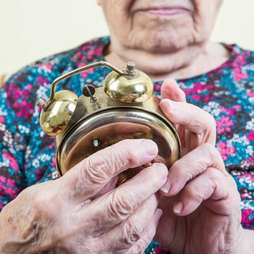 5 Ways Seniors Can Adjust To Daylight Savings Time