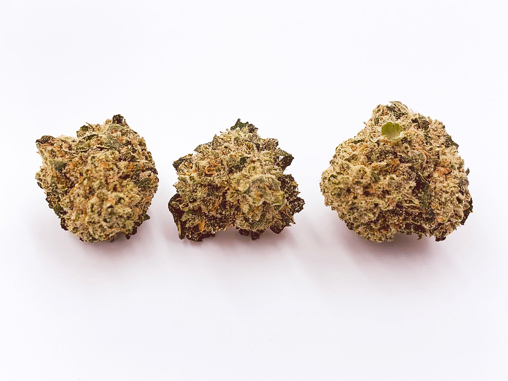 3 OG's strain review | 3 OG's strain profile by The Epic Remedy