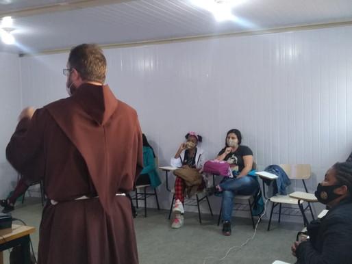 CPCA realiza encontro sobre a Espiritualidade Franciscana com os jovens