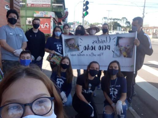 Jovens Franciscanos de Lajeado participam de pedágio solidário