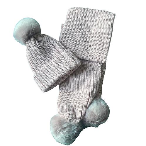 Single Pom Knit Hat & Scarf