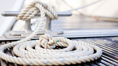 Rope on deck of boat_4581-boating.jpg