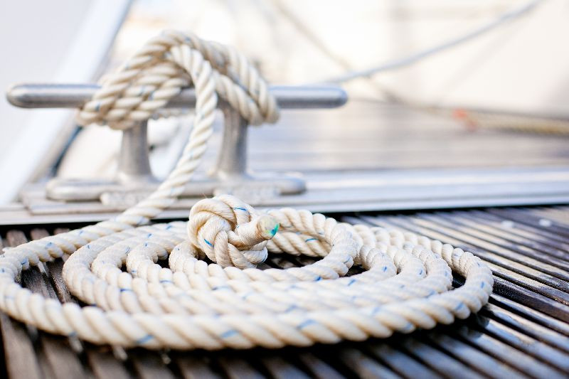 Rope on deck of boat_4581-boating.jpg