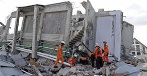 Tragedia en Indonesia: Sube a 1.203 el número de muertos por terremoto y tsunami