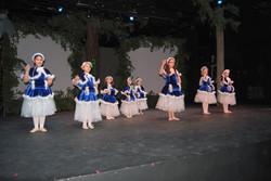 Princesses+Dancing