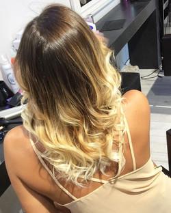 Shine #cannigione #colors #costasmeralda #arzachena #virtuhairconcept _solinasfranco _capelli_e_bell