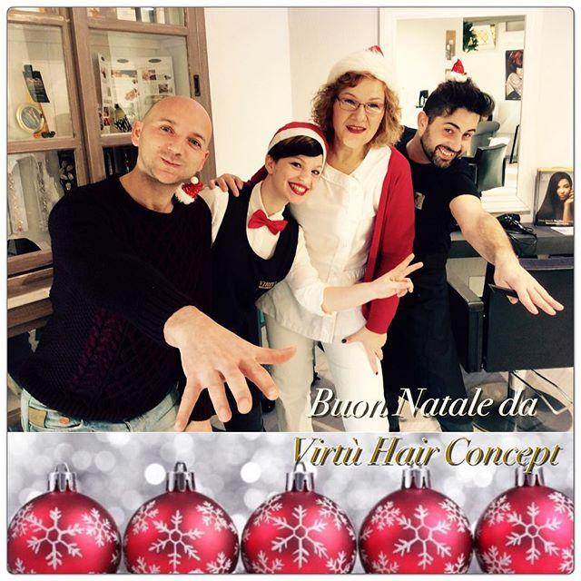 Buon Natale ! 🎄#natale #bellezza #beauty #blogger #fashionblog #wellahair #wella #ladybird #cnd #sh