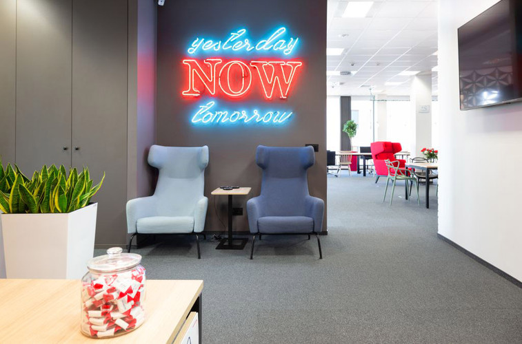 coworking-design-neon-furniture (2).jpg