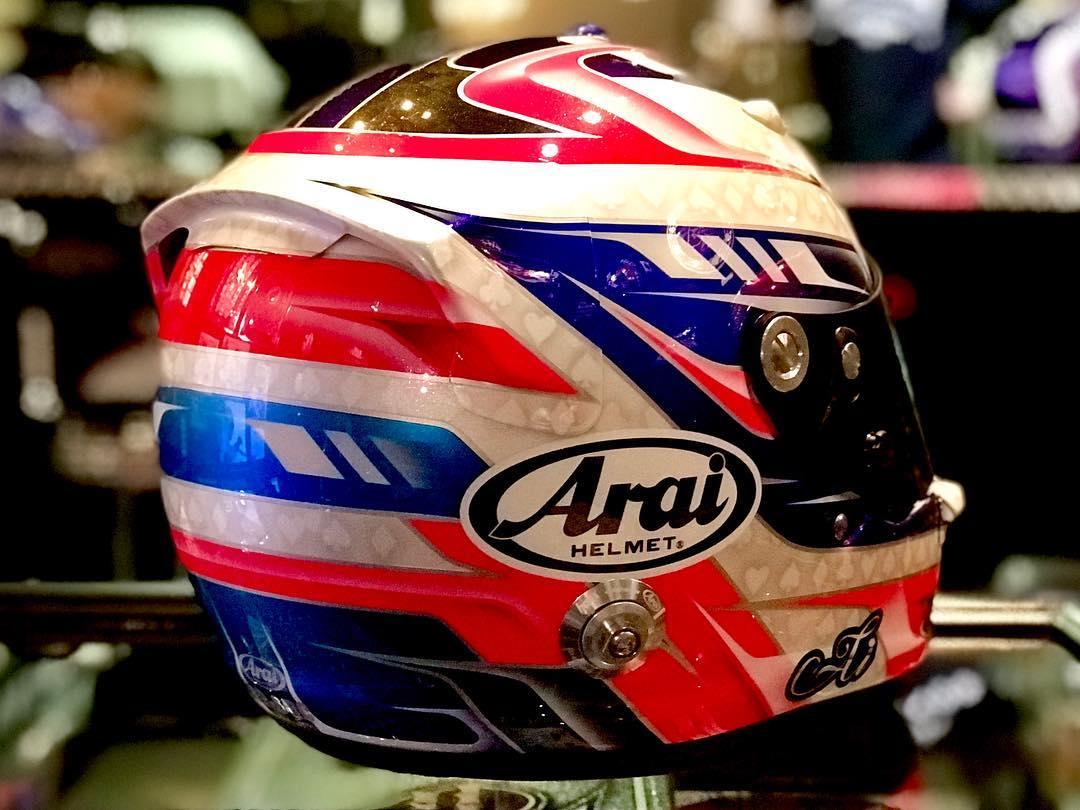 F3レーサー 三浦愛ちゃんのヘルメット
