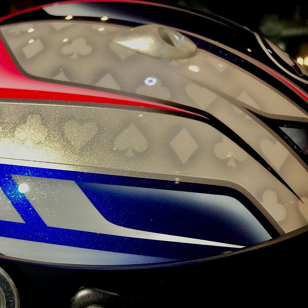 ヘルメットのオリジナルカスタムペイント