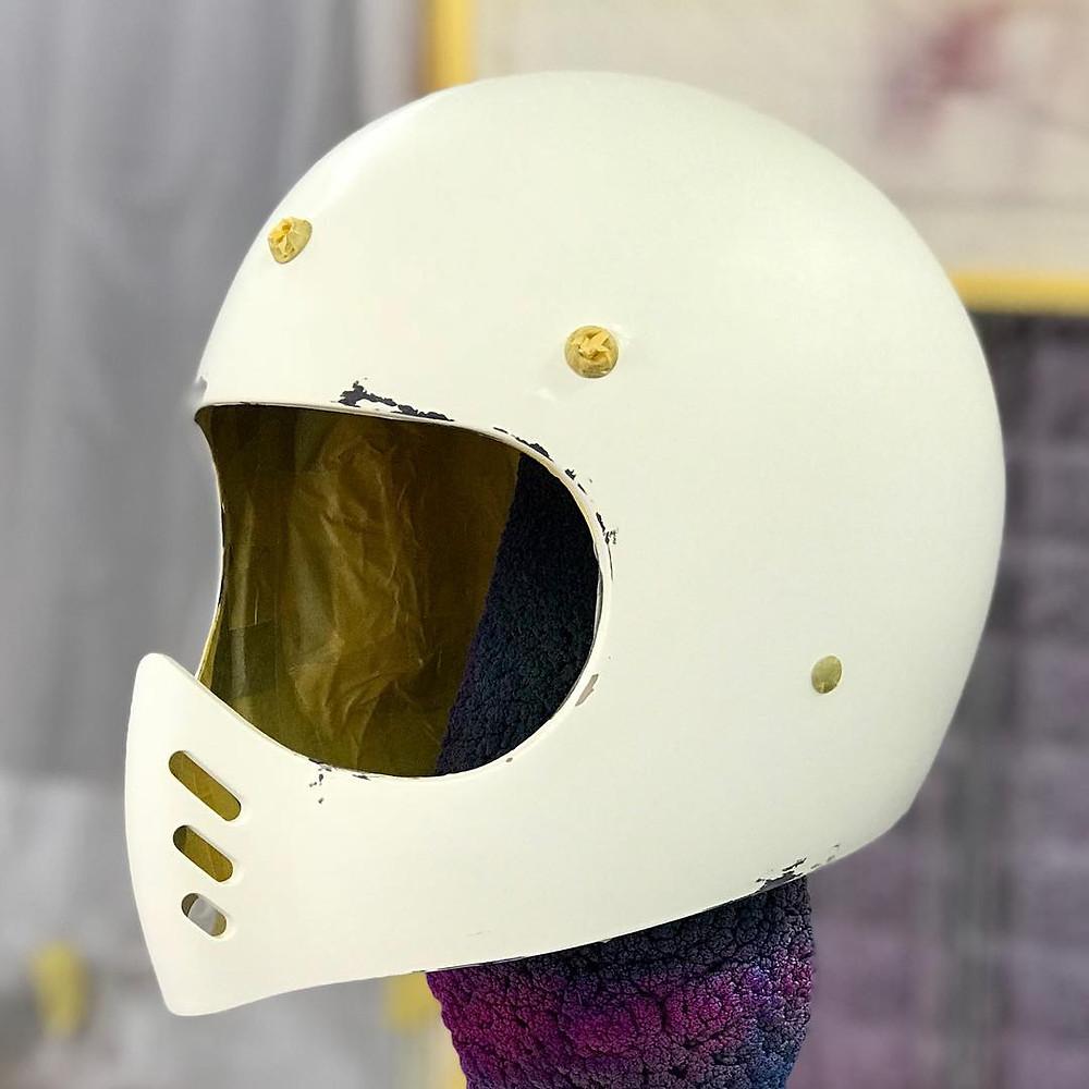 ヘルメットペイントのスタート