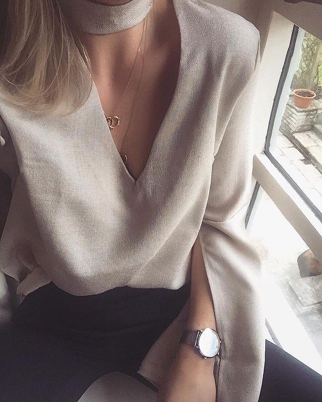 Linen Bell Sleeves