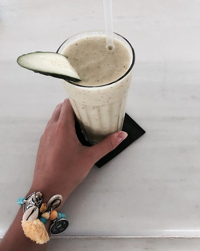 Green avo smoothie