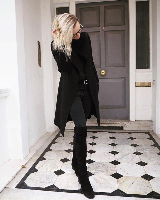 Black on black 🕴