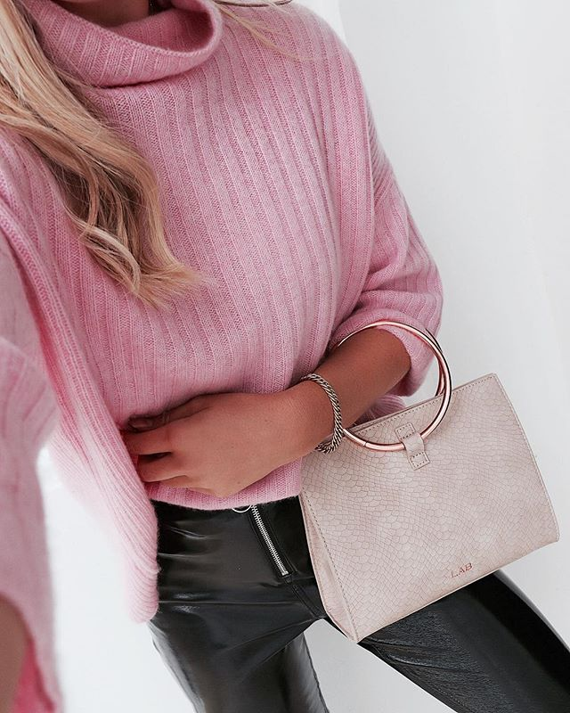 the softest cashmere _repeatcashmere 💕