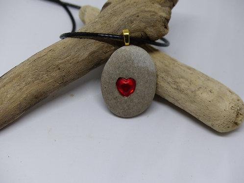 Beautiful Stone Pendant with Heart Strass