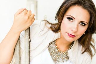 Julianna Eyelashes.jpg