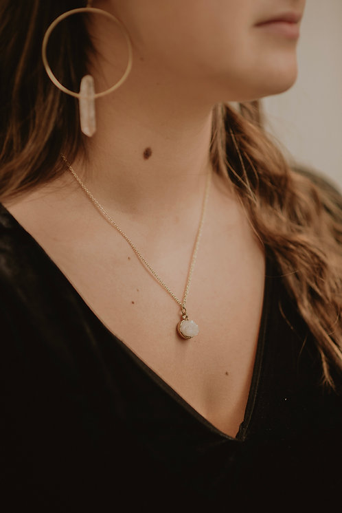 Stone Necklace - Winter White