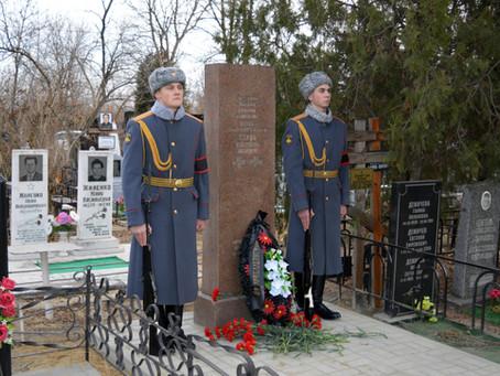 На Димитриевском кладбище увековечили память Героя Советского Союза Константина Серова