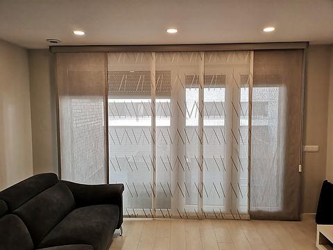Cortinas confeccionadas a medida tipo panel japonés | Madrid | Cortistor | Cortinas modernas | Cortinas de salón | Tiendas de cortinas en Madrid