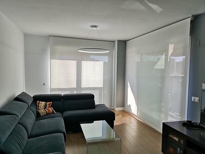 Comprar cortinas a medida en Madrid | Madrid | Cortistor | Cortinas y estores a domicilio | Estores para salón | Tiendas de cortinas en Madrid | Preguntas frecuentes