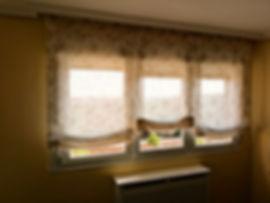 Estores plegables confeccionados a medida con tejido de lino | Tiendas de cortinas en Madrid | Madrid | Cortistor
