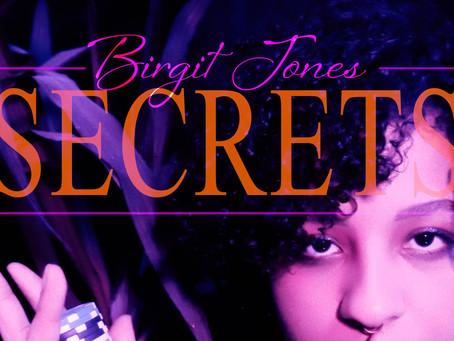 """BIRGIT JONES + 1: MEET THE PERFECT TEAM BEHIND THE SCENES OF """"SECRETS"""""""