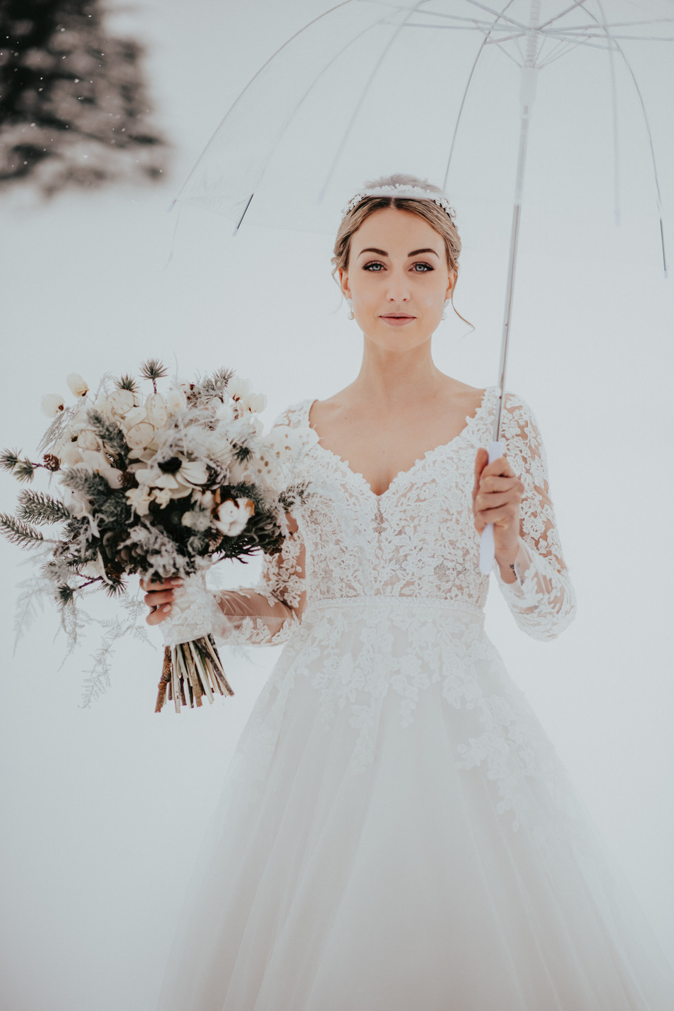 Foto: kuenzli-photography.com Styling: isa-belle.ch Flowers by me