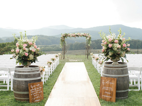 Fun Ways To Incorporate Wooden Barrels Into Your Wedding Décor
