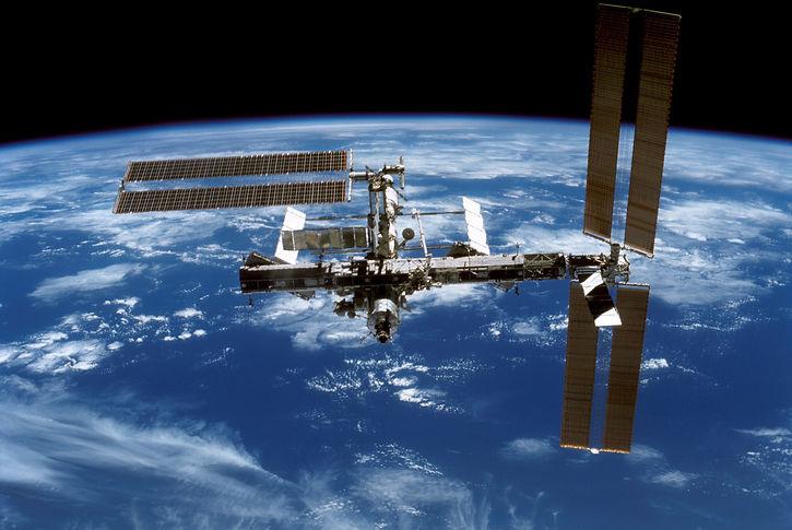 international-space-station-548331.jpg