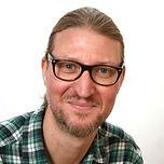 Yuri Andersson Headshot.jpg