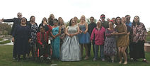 Prom goers pose at Ashley Pond