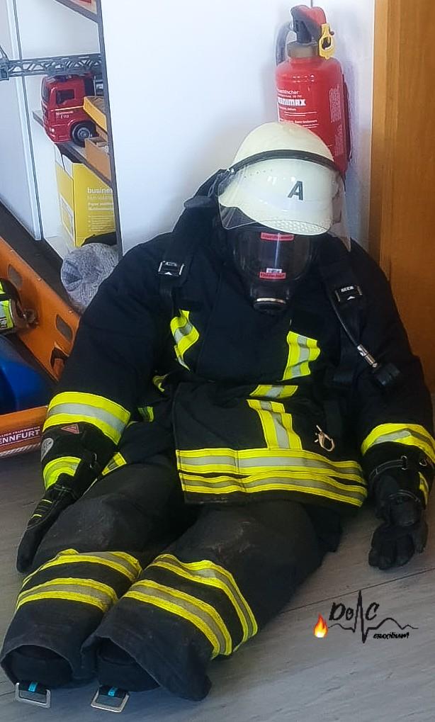 Erste-Hilfe Feuerwehr Übungspuppe Atemsc