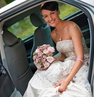 Bride in our Chrysler 300C Modern Wedding Car. We never use library pictures - this is a real customer!