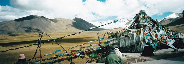 チベットチョルテン.jpg