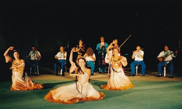 中国踊り.jpg