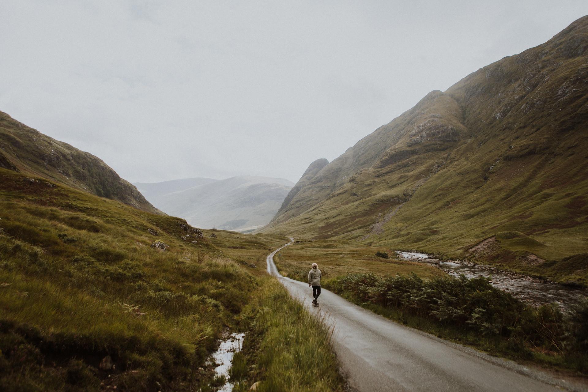 徒步旅行在高原