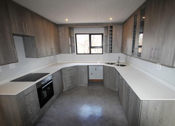 house-for-sale-in-hoedspruit-4.jpg