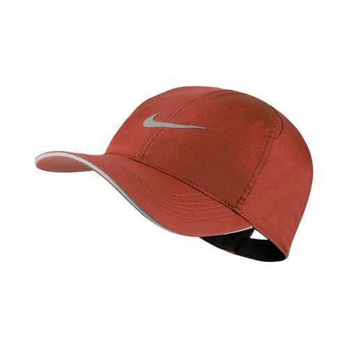 7c96dc10113 Gorra Roja Nike AR1998-642