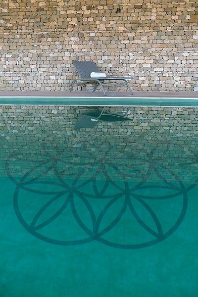 bien-être piscine pavillon d'eau