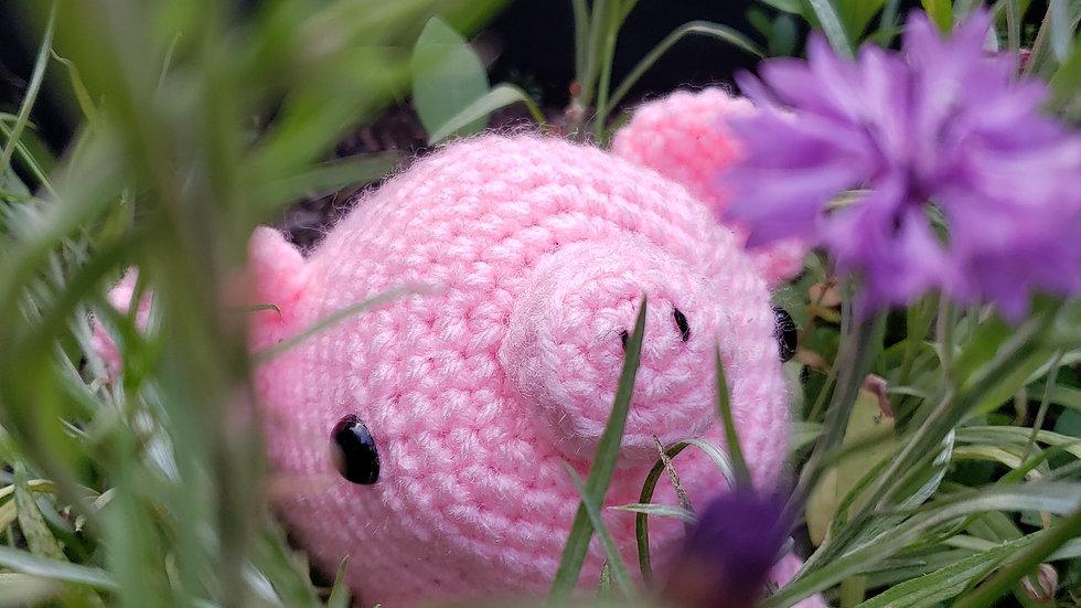 Bekah's Yarn Critters - Pig