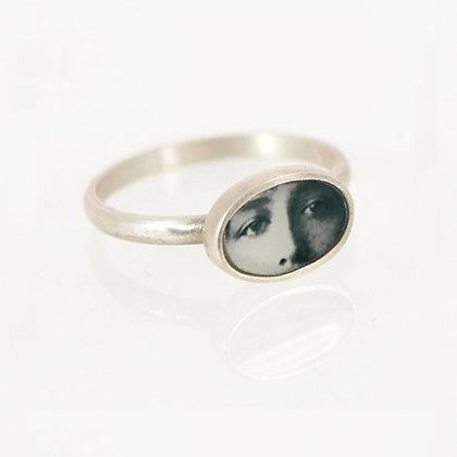 Tiny Eyes Photo Ring