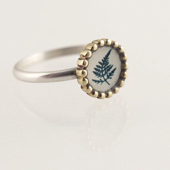 Tiny Fern Photo Ring