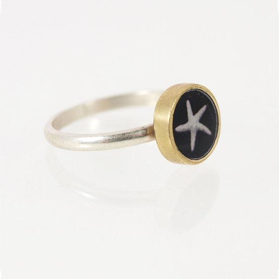 Tiny Starfish Photo Ring