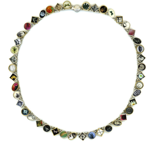 Collage Choker