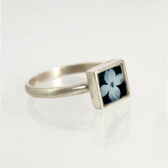 Tiny Dogwood Photo Ring
