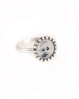 Photo Ring/Personalized Sterling Silver Beaded Edge Circle with Photo and Resin